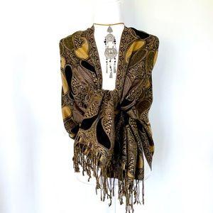 Fringe Blanket Scarf 🧣 Black and Camel